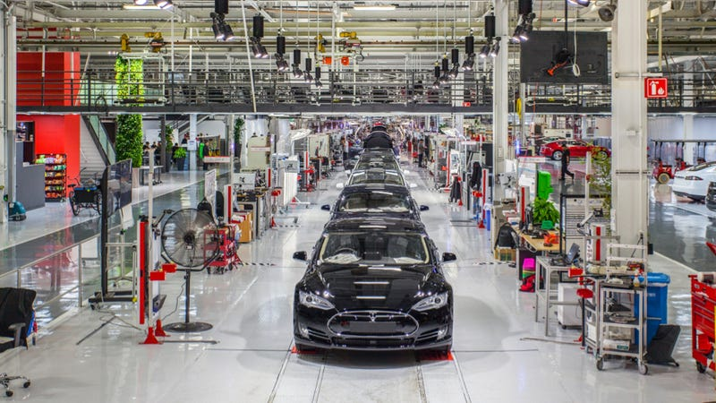 Illustration for article titled Tesla Employee Blasts Company On Medium Over Work Injuries And Pay