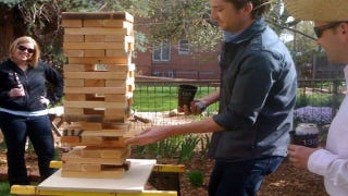 Illustration for article titled DIY Giant Jenga is a Great Outdoor Game
