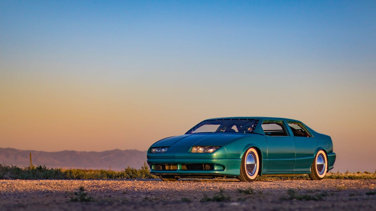 This Chop-Top Hot Rod Saturn Was Built With $1,500 and a Ton of