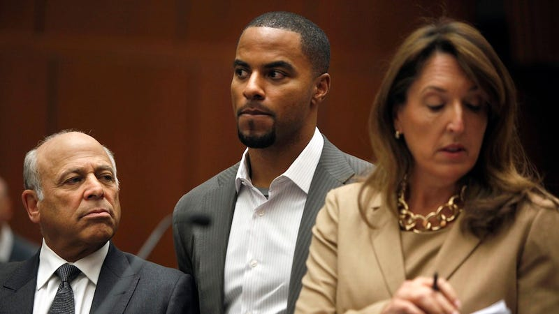 Illustration for article titled Calling Darren Sharper 'Too Sexy' to Rape Is Goddamn Ridiculous