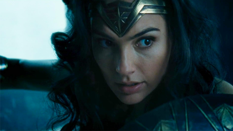 Illustration for article titled Wait, Wonder Woman is HowOld In Batman v Superman?