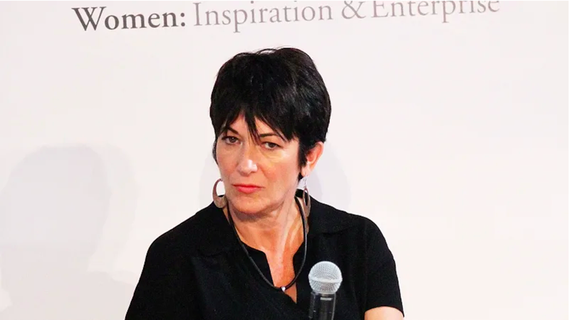 Illustration for article titled It Seems Like Those Images of Ghislaine Maxwell At In-N-Out Were Fake
