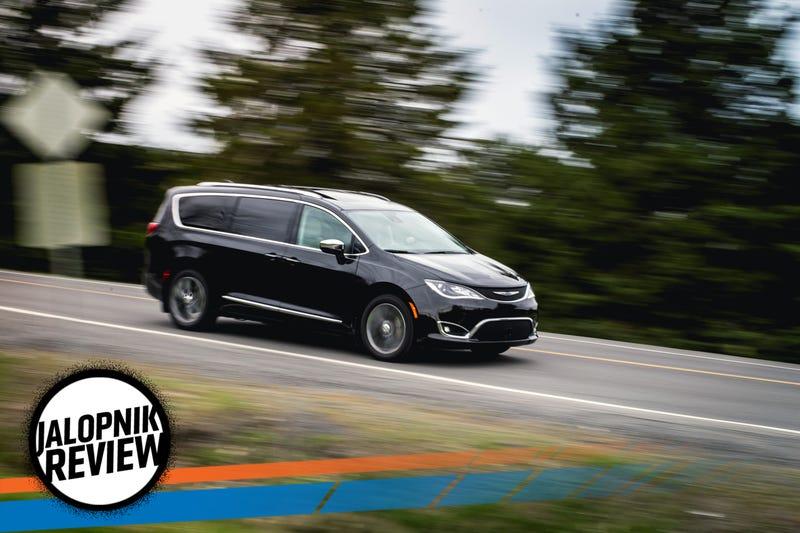 2017 Chrysler Pacifica: The Jalopnik Review