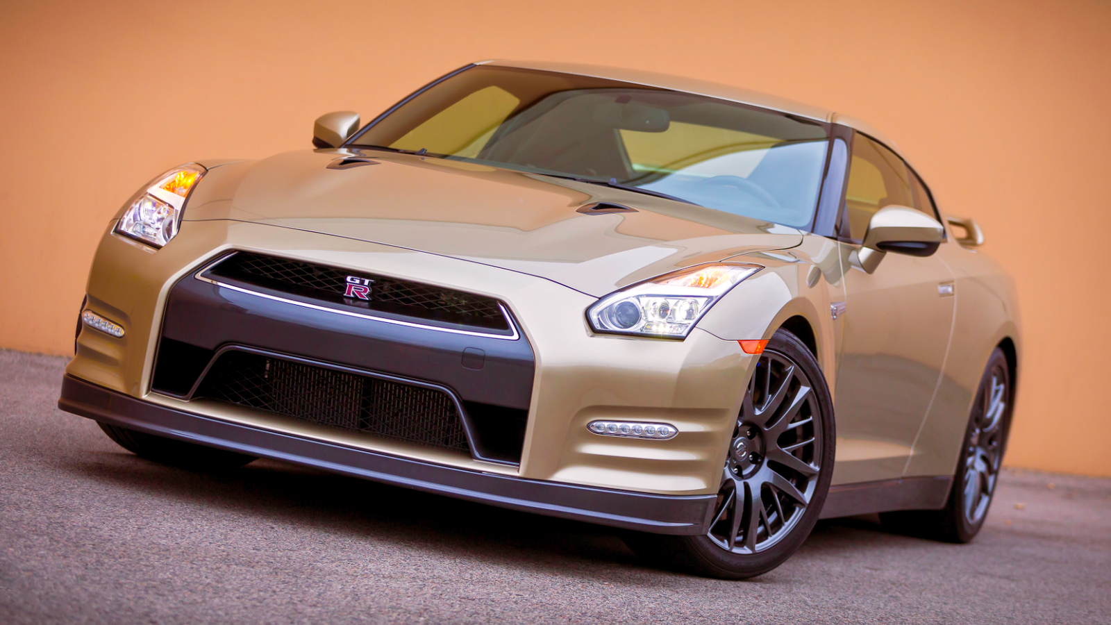 Nissan GT-R: The Ultimate Buyer\u0027s Guide