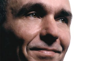 Illustration for article titled Fable II Has Epic October Sales, Peter Molyneux Seems Pleased