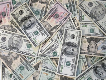 Illustration for article titled Money Makes Women Seek Out Hotter, Older Partners