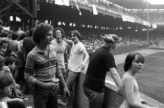 Illustration for article titled Before The Storm, After The Sunshine Band: The Prelude To Disco Demolition Night