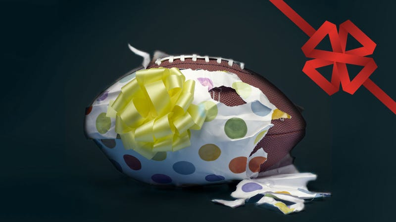Illustration for article titled Crush Your Christmas Shopping Without Sacrificing Football Sunday