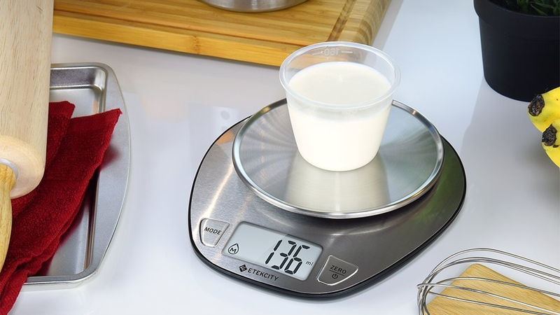 Illustration for article titled The Kitchen Scale You Need Is Only $12 on Amazon