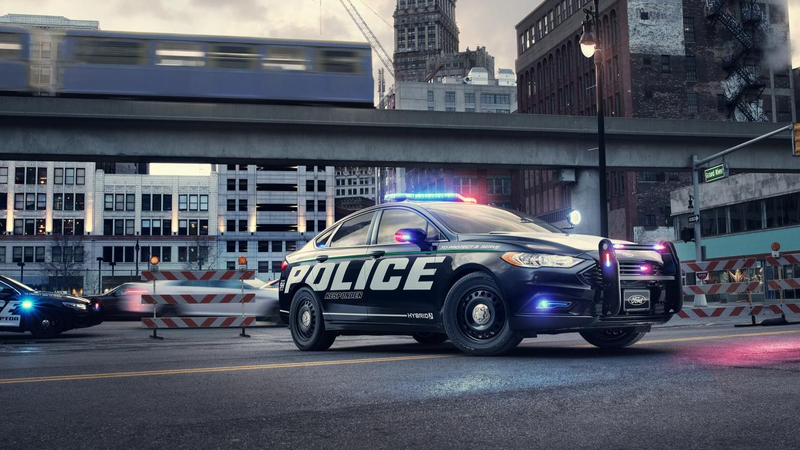 Cops Pull Over Nice Car : Ford will now help you get pulled over more efficiently