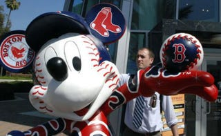 Illustration for article titled Mickey Mouse Assaulted For Supporting The Boston Red Sox