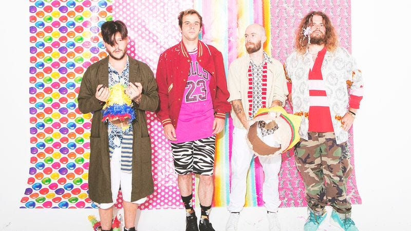 Illustration for article titled Bigger and sharper than ever, Wavves keeps its eccentricities on V