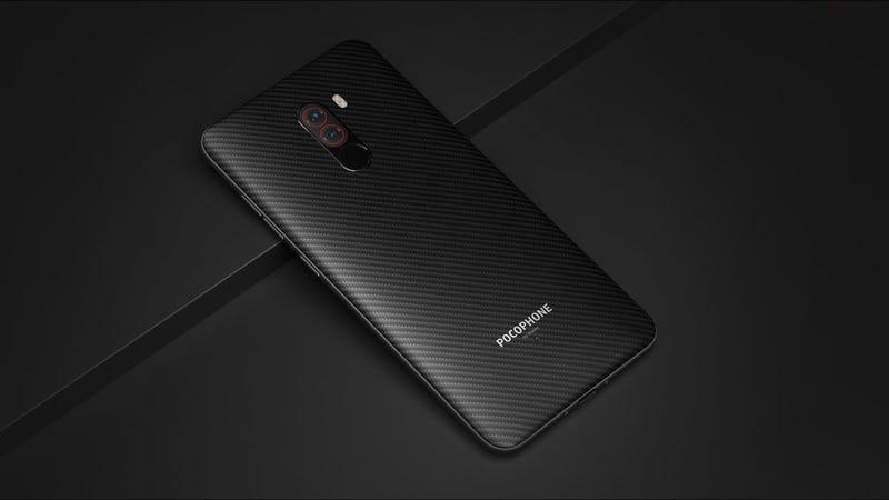 Illustration for article titled Xiaomi quiere romper el mercado: ningún teléfono ofrece lo que el Pocophone F1 por el mismo precio