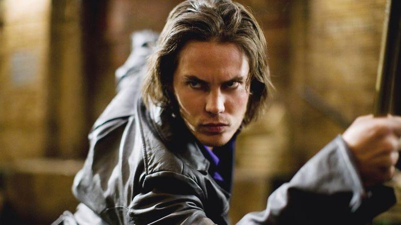Taylor Kitsch as Gambit in X-Men Origins: Wolverine (2009)