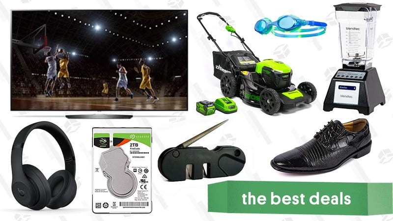 Illustration for article titled Tuesday's Best Deals: OLED TVs, Dress Shoes, Swimwear, and More