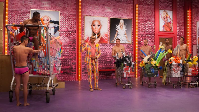 Illustration for article titled VH1 does the sane thing, renews RuPaul's Drag Race