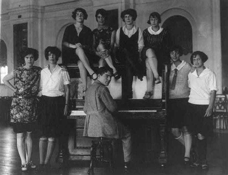 Photo of unnamed Americans in 1923 (Library of Congress)