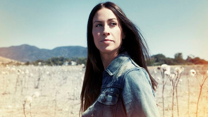 Illustration for article titled Alanis Morissette launches podcast, discusses conscious uncoupling