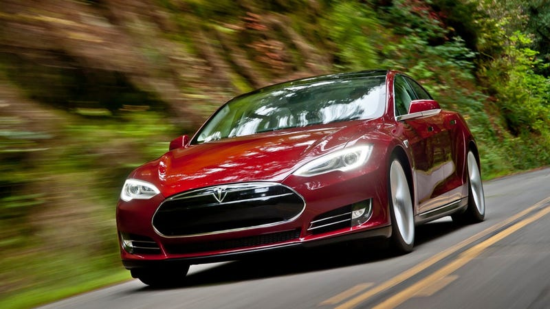 Illustration for article titled An Unplugged Tesla Model S Caught Fire In A Toronto Garage