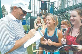 Illustration for article titled Chandler In Tahoe: Kevin Costner Always Takes Time For Cheerleaders
