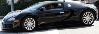 Illustration for article titled Simon Cowell Drives A Bugatti Veyron