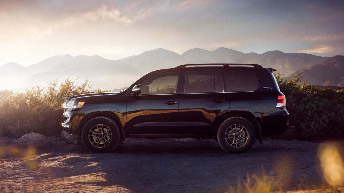 The 2020 Toyota Land Cruiser Found A Nice Aesthetic Twist
