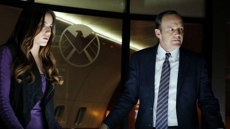"""Illustration for article titled Marvel's Agents of S.H.I.E.L.D.: """"Pilot"""""""