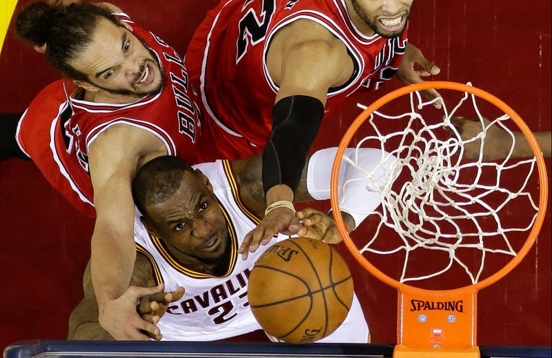 Illustration for article titled Was LeBron James The Worst Player On The Floor In Game 1?