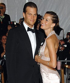Illustration for article titled Tom Brady Is Engaged!