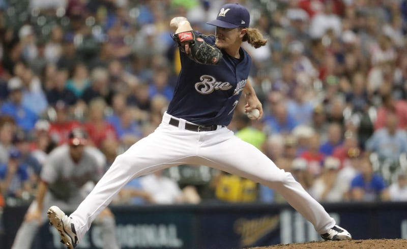 Illustration for article titled Giants Fans Lustily Boo Josh Hader In First Road Appearance Since Racist Tweets Surfaced