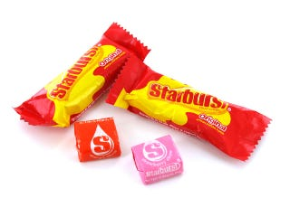 Illustration for article titled Starburst fun-size color combinations, ranked