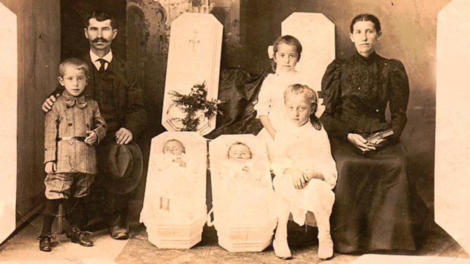 The Strangest Tradition Of The Victorian Era: Post-Mortem