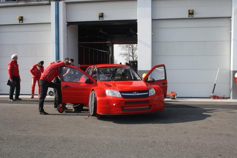 Illustration for article titled I can see the Russian television describing this WTCC Lada