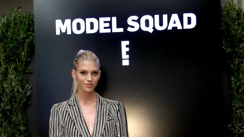 Devon Windsor attends a screening and cocktail party for E! Model Squad at the Etihad VIP Lounge IMG NYFW: The Shows 2018 at Spring Studios on September 6, 2018 in New York City.