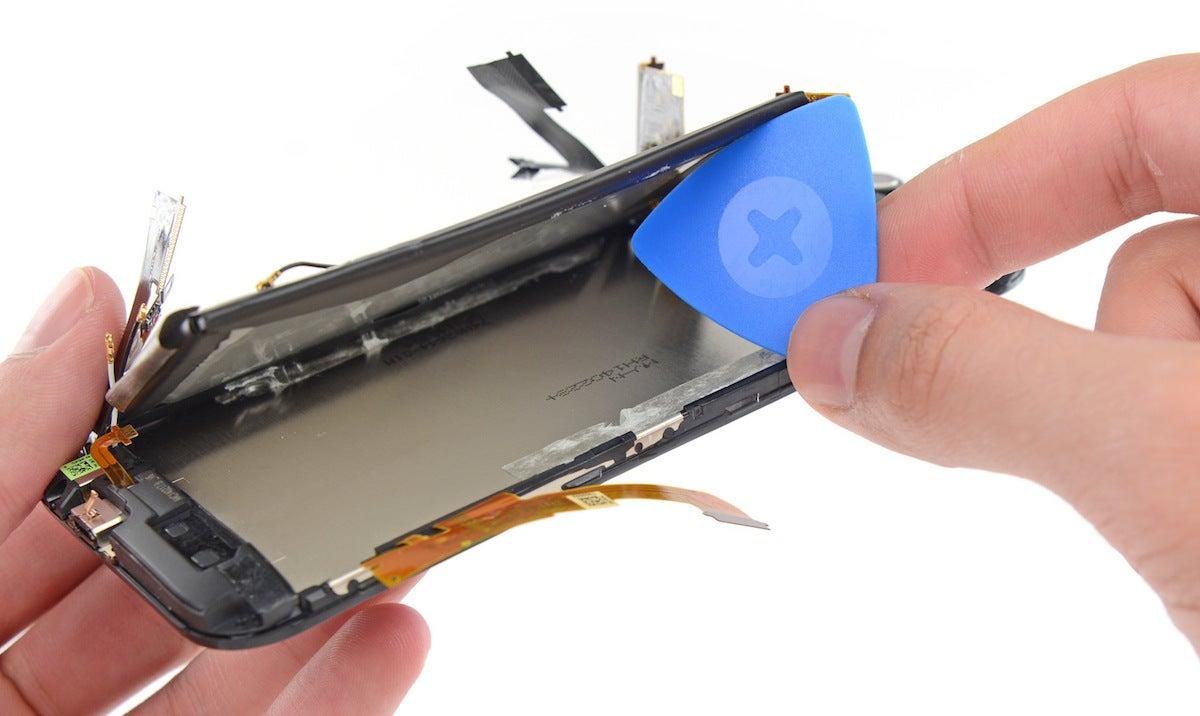 El nuevo HTC One M8 es casi imposible de reparar