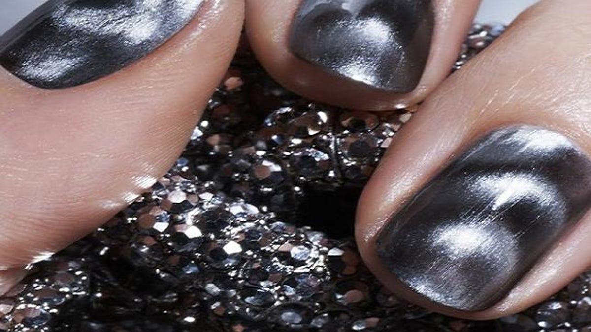 The Physics of Magnetic Nail Polish