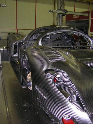 Illustration for article titled P4/5 Competitzione: Race Car Or Carbon Fiber Sculpture?