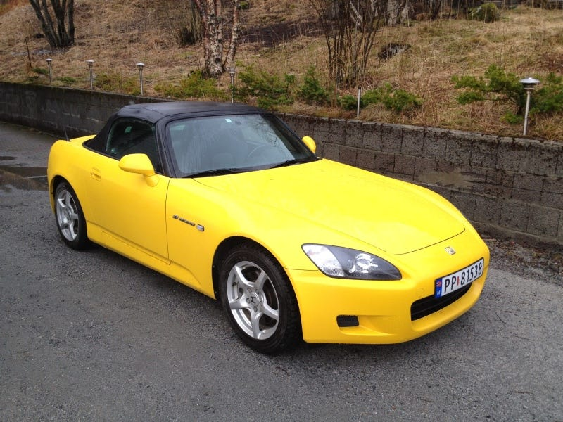 Illustration for article titled Vote 2002 Spa Yellow Honda S2000 in Your Next Oppo Election