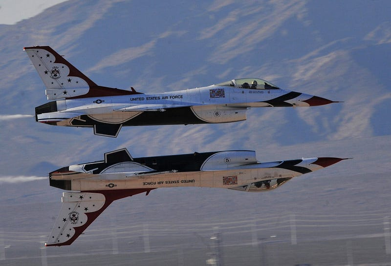 Illustration for article titled A Brief Primer on the USAF Thunderbirds