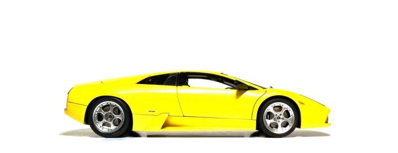 Illustration for article titled The 1/18 Lamborghini Murcielago, by AUTOart