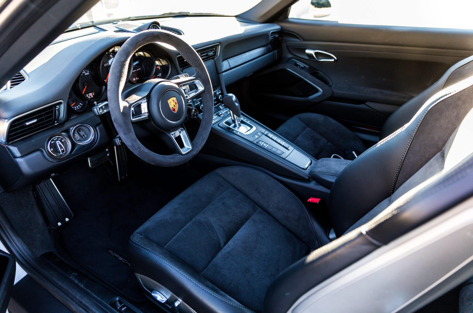 The 2019 Porsche 911 GTS Is So Good It Makes Me Hate What I've Become