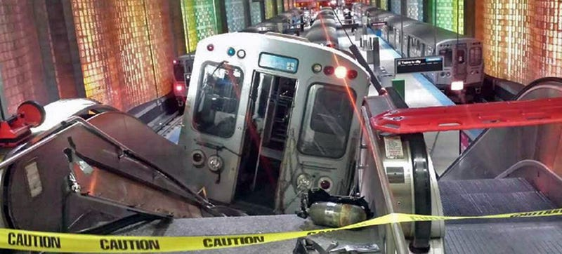 Illustration for article titled 32 Injured As Derailed Chicago Train Tries To Climb O'Hare Escalator