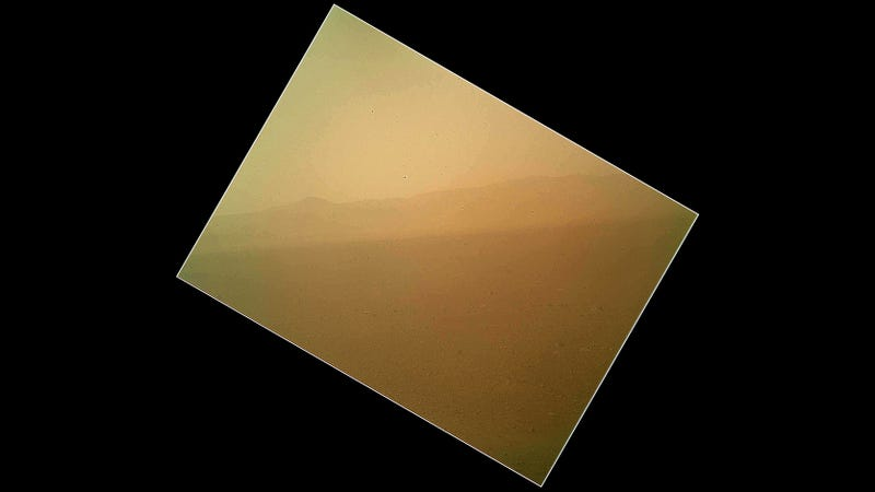 Illustration for article titled The First Color Photo of Martian Landscape from the Mars Curiosity Rover