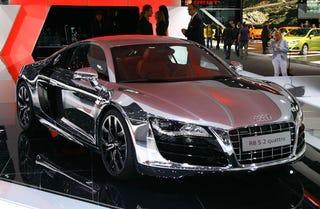 Illustration for article titled Chrome Audi R8 Blinds Frankfurt Show Goers
