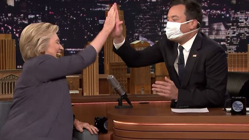 Illustration for article titled Jimmy Fallon trades tousles with Trump for high fives with Clinton