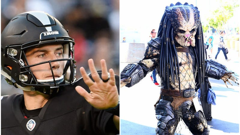 Illustration for article titled The Alien Vs. Predator saga was almost resolved over a game of football
