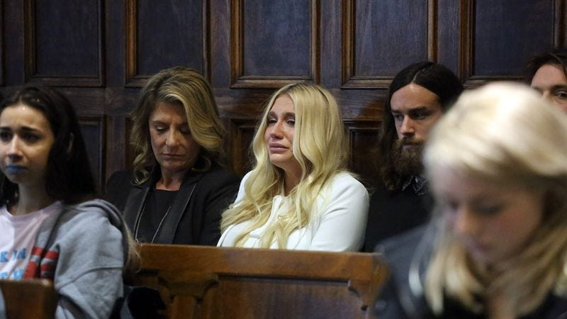 Sebert sits next to her daughter in a Manhattan court on February 19. (Photo: Getty Images)