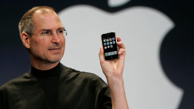 Steve Jobs wanted a 'back button' on the original iPhone, designer claims