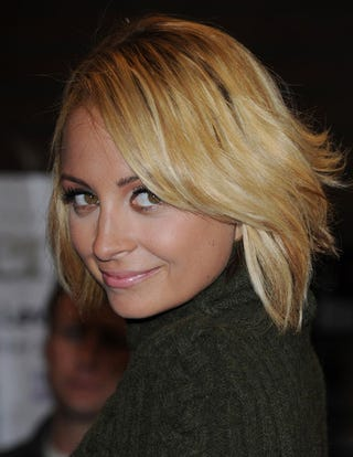 Illustration for article titled Nicole Richie Files Restraining Order Against Paparazzo