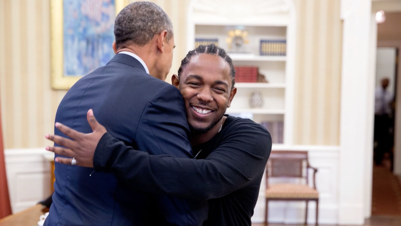 Illustration for article titled Look at Kendrick Lamar Cheesing So Hard as He Meets Barack Obama